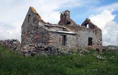 Thumb_omey-island-ruins-wikicommons
