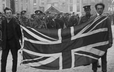 Thumb_mi-no-one-can-insult-our-flag-british-pathe