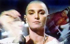 Sinead O'Connor was booed off stage at Bob Dylan concert over tearing up Pope's picture