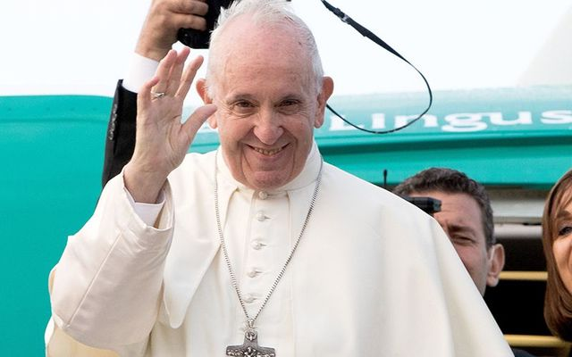 Pope Francis says goodbye to Ireland, boarding an Aer Lingus flight, after his two-day trip.