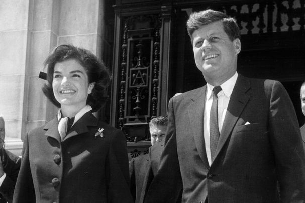 Jackie Kennedy and president John F. Kennedy.