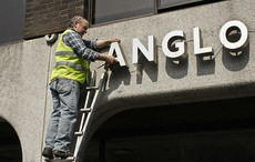Thumb_mi_banking_bailout_anglo_irish_bank_crash_rollingnews