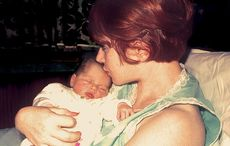 Thumb_mother_baby_home_istock