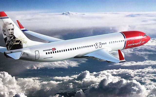 Norwegian Air plane flying