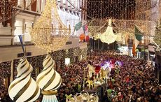 Thumb_mi_dublin_grafton_christmas_lights_parade_rollingnews