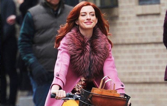 """Anne Hathaway in a scene from an episode of \""""Modern Love\"""""""