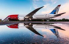 Thumb_norwegian_air_reflection