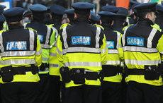 Thumb_mi_irish_police_gardai_rollingnews