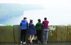 Thumb_tourists_at_cliffs_icp