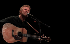 Thumb_cropped_glen_hansard_