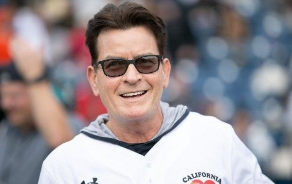 Charlie Sheen looked healthy at the California Strong charity softball game
