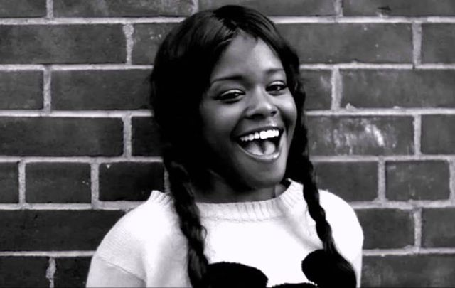 "Azealia Banks, famous for her track ""212\"", continues anti-Irish tirade online."