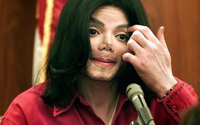 Michael Jackson\'s former maid says the pop star was a pedophile