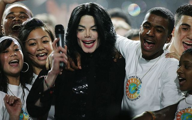 Michael Jackson\'s former maid says the pop star was a pedophile.