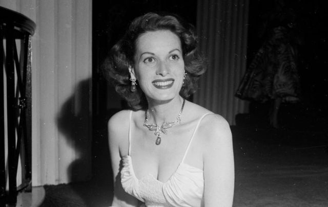 June 7, 1954: Maureen O\'Hara attends the Friars Dinner in Los Angeles, CA.