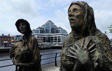 Thumb mi new famine memorial dublin rowan gillespie photocall