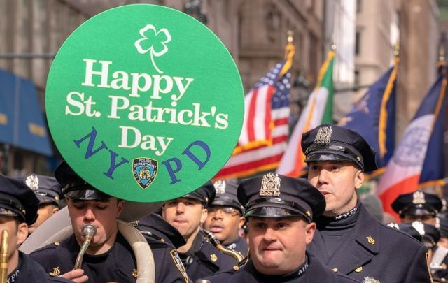 The NYC St. Patrick\'s Day committee nearly kicked out a banner honoring a fallen NYPD cop