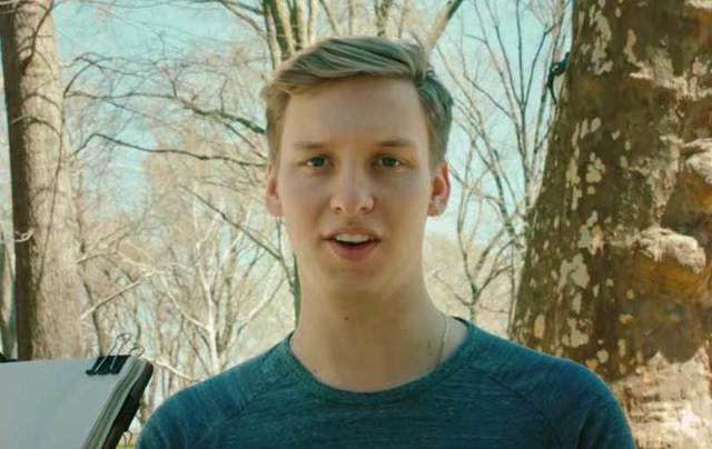George Ezra in his \'Shotgun\' video.