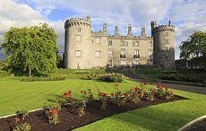 Thumb mi kilkenny gardens roses castle getty