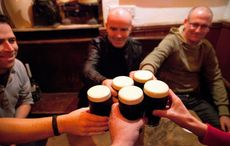 Thumb_irish_pub_cheers___getty