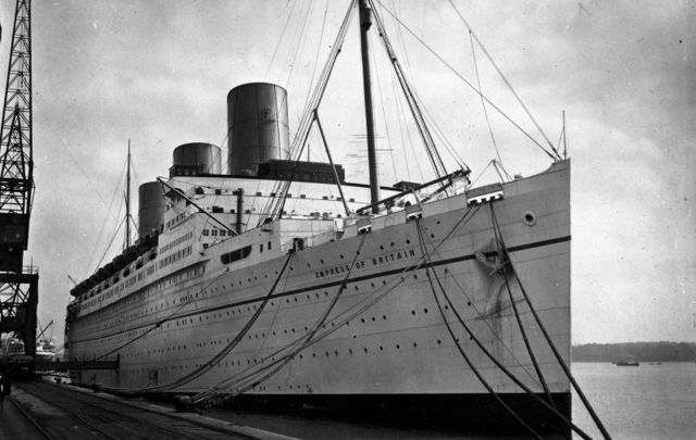 The Empress of Britain when it was still a cruise liner, in May 1931.