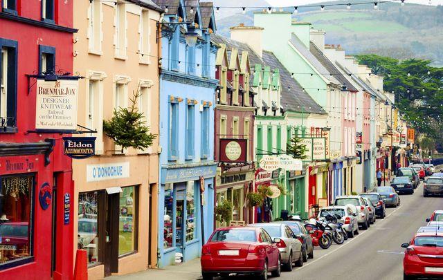 Is the best Irish pub in Kenmare?