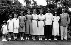 Thumb_kennedy_family_1937___getty
