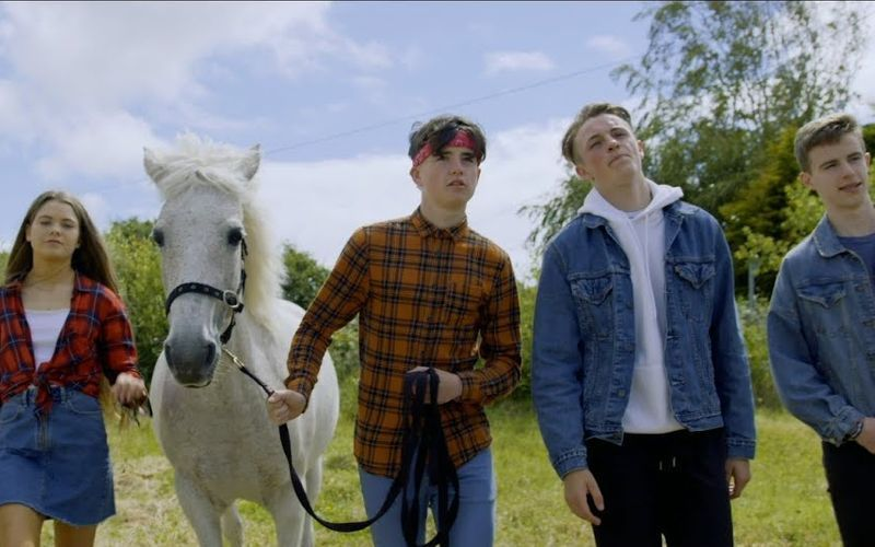 Old Town Road in Irish is the cover we didn't know we needed