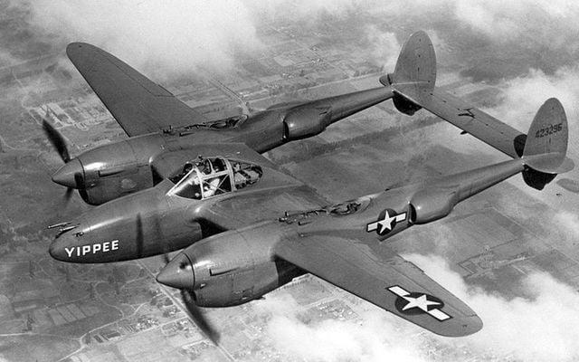 A Lockheed P-38 Lightning plane