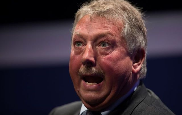 """DUP MP Sammy Wilson says British politicians need to \""""stand up\"""" to the Irish in Brexit negotiations."""