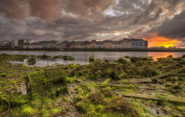 An Siúlán Fada | Claddagh Quay, Galway City.