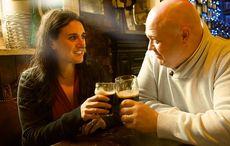 Thumb_cheers-toast-slainte-irish-pub-istock