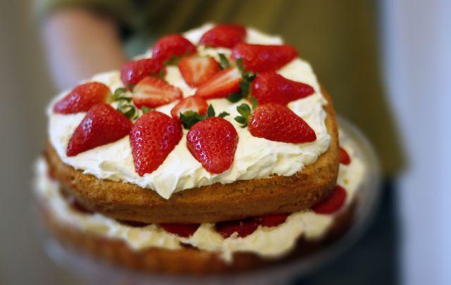A delicious Irish Victoria Sponge Cake recipe.
