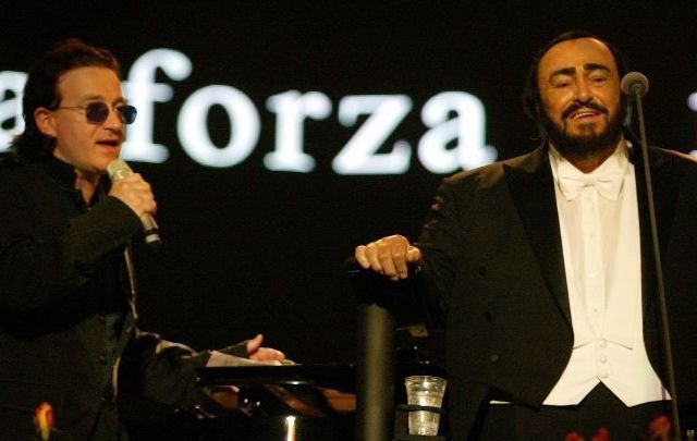Bono and Luciano Pavarotti in 2003.