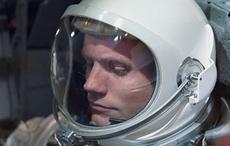 Thumb_niall_armstrong_moon_landing_getty