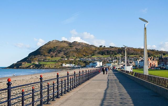 The beautiful promenade by the beach at Bray, County Wicklow.
