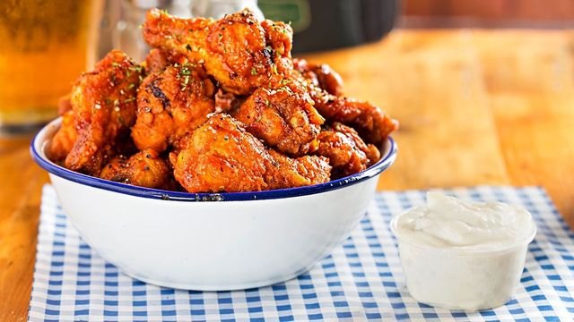 Finger-lickin\' good! Where to get your chicken wings in Dublin.