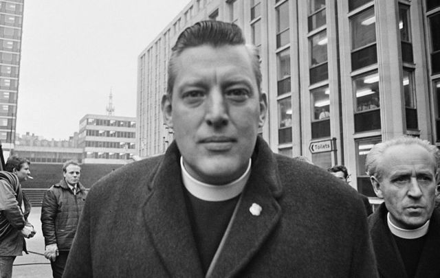 Unionist politician and Protestant religious leader Ian Paisley (1926 - 2014) outside St Paul\'s Cathedral during the Christian Unity service, London, the 22nd January 1969.\n