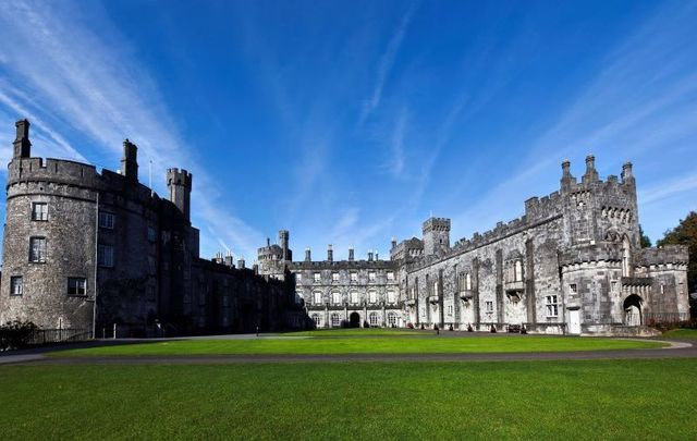 Kilkenny Castle Parklands were found to be the most popular free tourist attraction in Ireland for 2018.