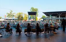 Thumb_milwaukee_irish_fest_stage_performers