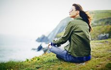 Thumb_mi_woman_cliffs_ireland_vacation_getty