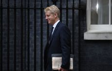 """Boris Johnson's brother steps down, feels """"torn between family loyalty and the national interest"""""""