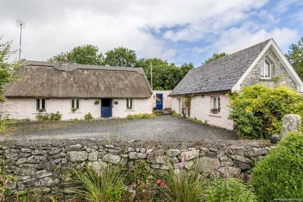 Killeeneen, Craughwell, Co Galway thatched cottage.