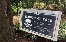 Thumb blarney castle poison garden sign wikimedia commons main