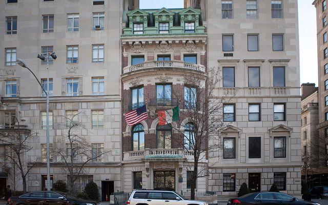 New York society seeks help in tracing the past inhabitant of the wonderful building on Central Park East.
