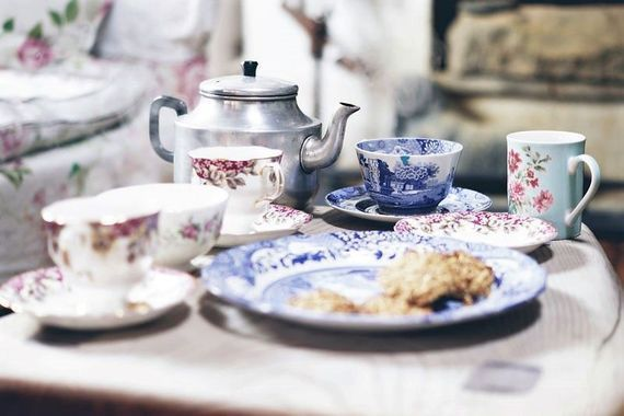Have it in the morning, have it in the evening, have it at suppertime. Irish tea is great all the time!