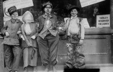 Thumb cut thanksgiving ragamuffins circa 1910 to 1915 library of congress