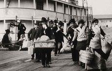Thumb_emigration-immigrants-ellis-island-disembarking-getty