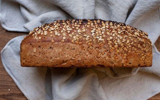 Roz Purcell\'s Irish oat bread recipe.