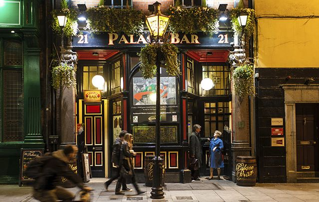 The pub is the center of the Irish social universe. Here's a guide on how to behave yourself.